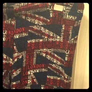 Super soft London leggings too cool Sz L!!!